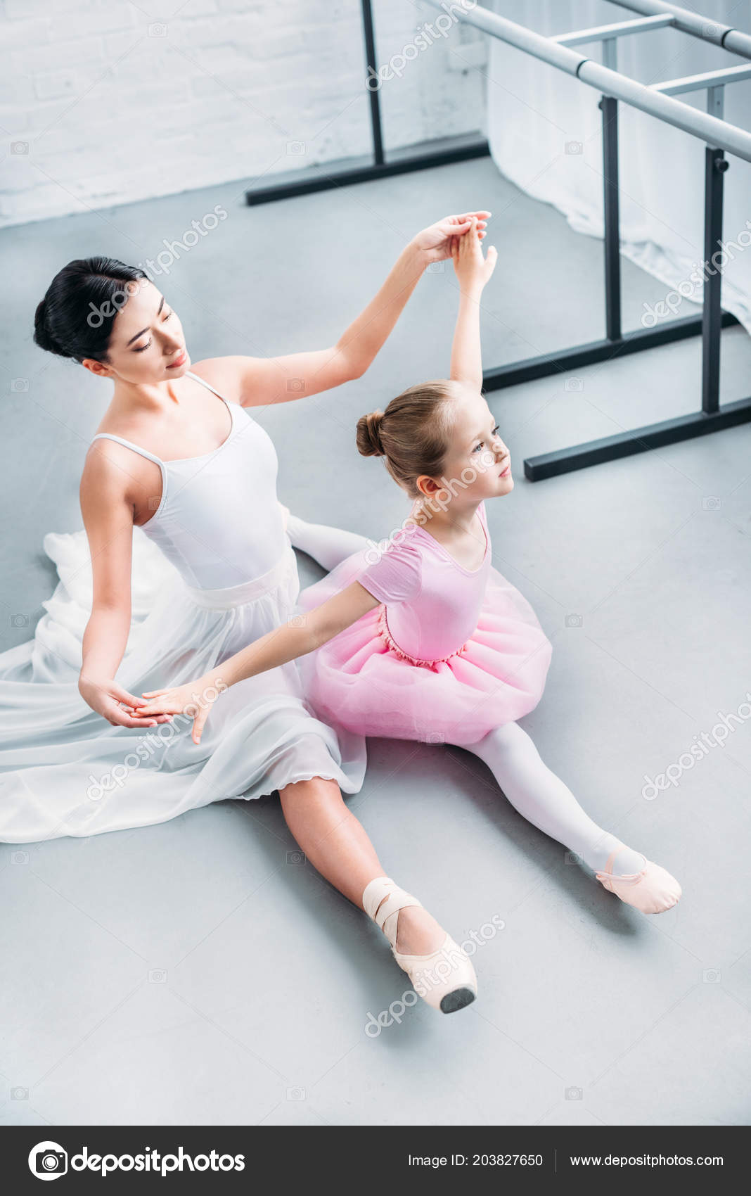 Deaf fashion in ballet Vancouver Community College