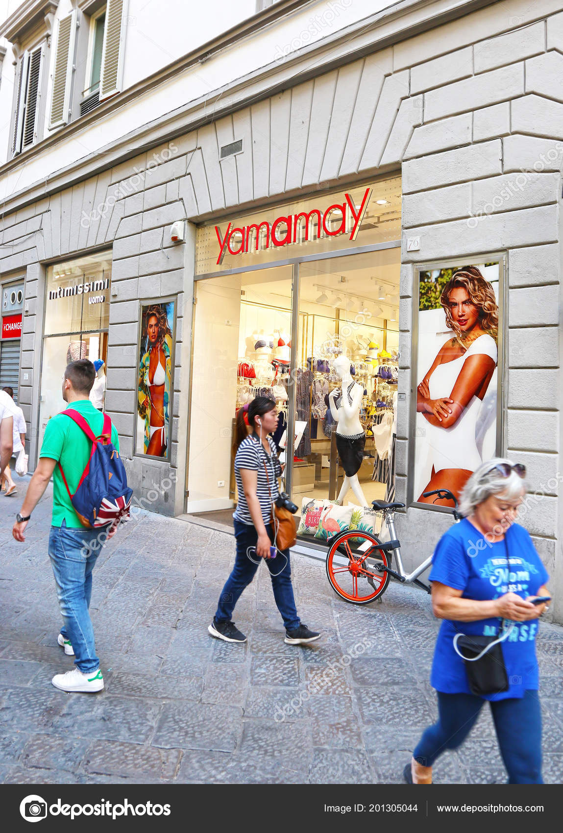 Fashion outlets florence italy 24