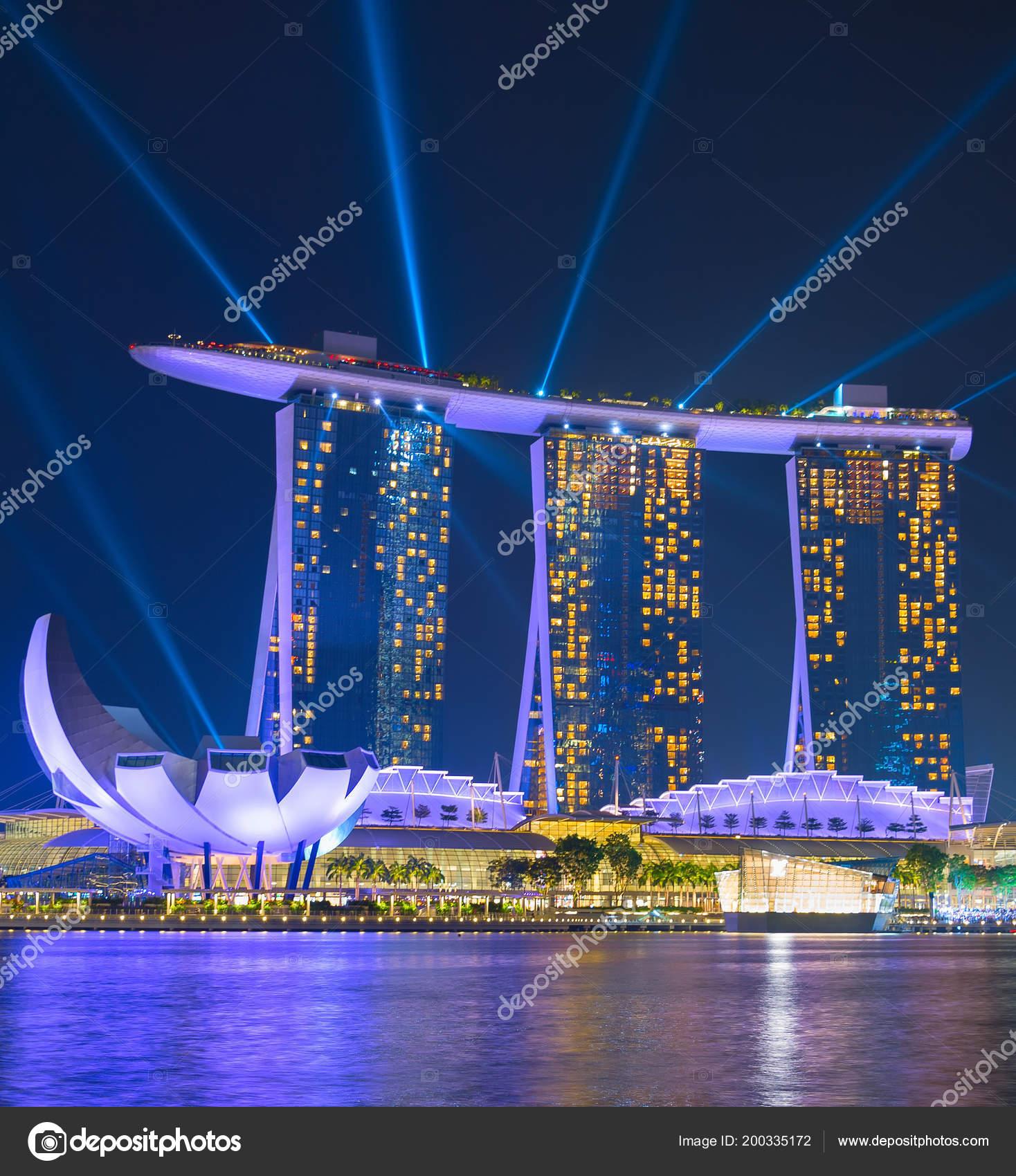 singapore jan 2017 marina bay sands resort performing lights show
