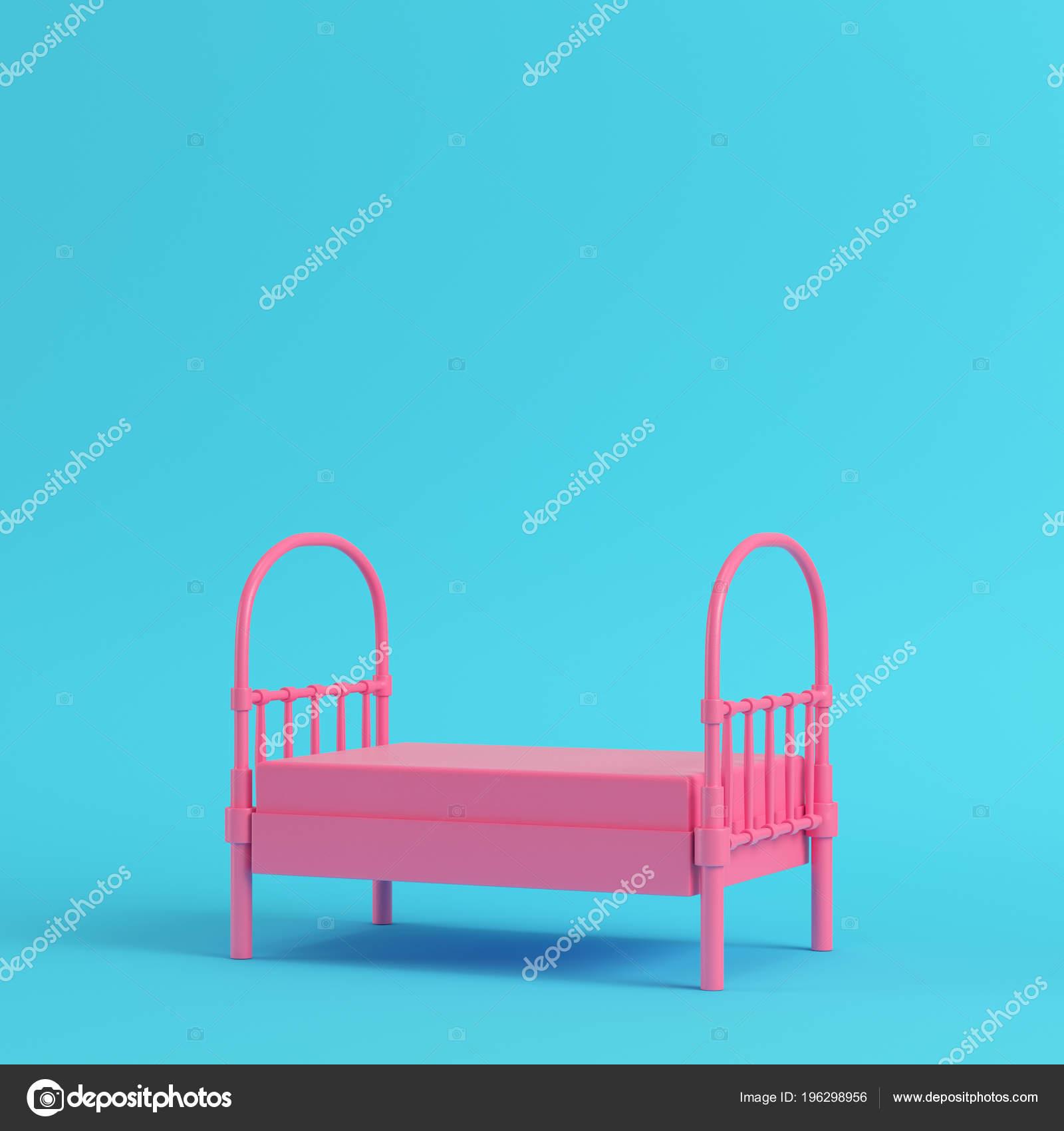 e151d8172 Cama Individual Color Rosa Sobre Fondo Azul Brillante Colores Pastel–  Imagen de Archivo