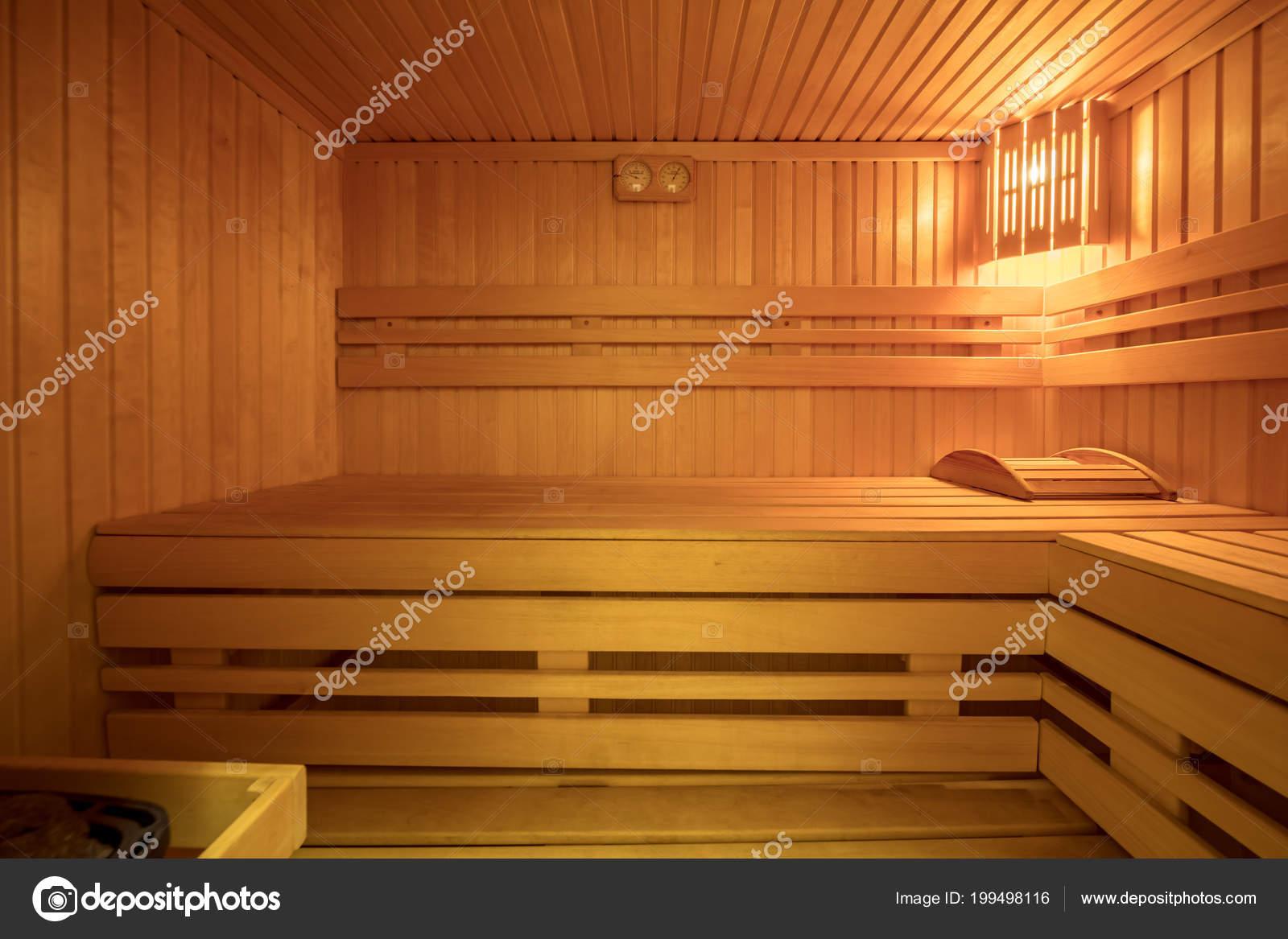 bain chaleur finlandaise int rieur salle sauna bois naturel photographie olgasweet 199498116. Black Bedroom Furniture Sets. Home Design Ideas