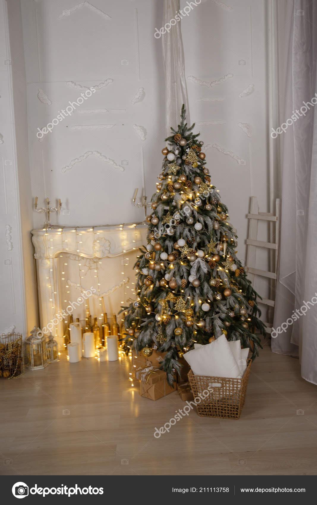 Arbol Navidad Decorado Con Varios Regalos Celebracion Navidad Ano - Fotos-arbol-navidad-decorados