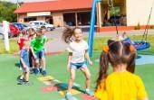 Zábavné tělesné výchovy v létě venku