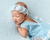Fotografie spící novorozeně dívka