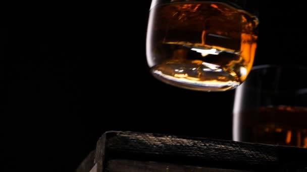Arany whisky jéggel
