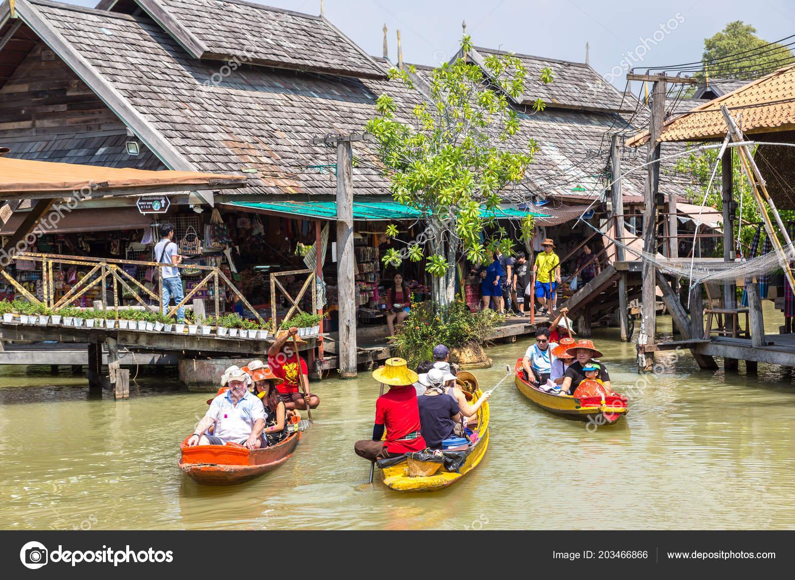 Pattaya Thailand March 2018 Floating Market Pattaya Thailand
