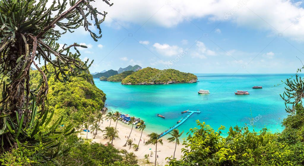 Panorama of Perfect beach at Mu Ko Ang Thong National Park, Thailand in a summer day