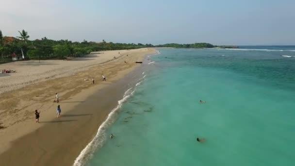 Vista aerea bianco sabbia spiaggia di Nusa Dua, Bali