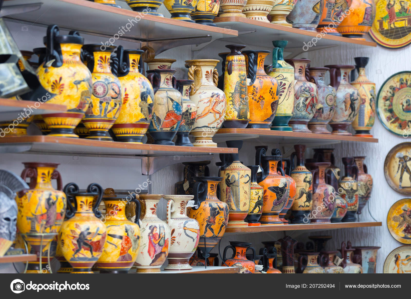 Suveniri - Page 5 Depositphotos_207292494-stock-photo-greece-athens-february-2017-souvenirs