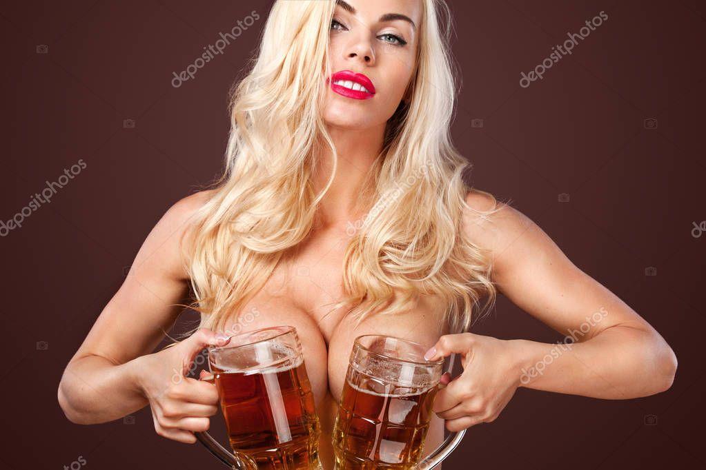 sexy-beer-blonde-nude-sexy-nxnn