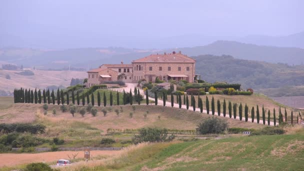 Tuscany twilight ház