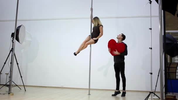 Photo session backstage. Pole dance photography.