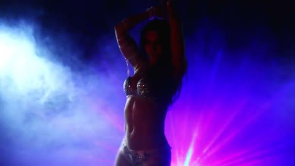 junge sexy Pole Dance Frau.