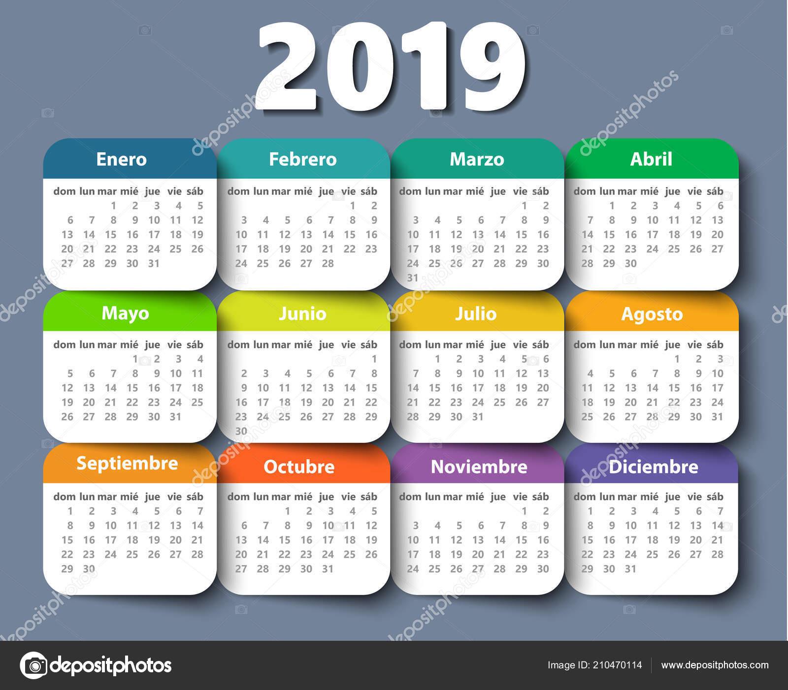 Calendario In Spagnolo.Modello Di Disegno Di Vettore Di Anno Di Calendario 2018 In