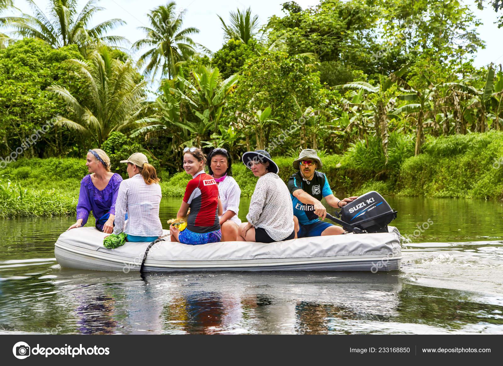 Polinesia Francesa Tahaa Diciembre 2017 Grupo Viajeros Bote