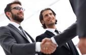 Closeup.handshake podnikatelů