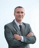 Vértes portréja magabiztos üzletember ing és nyakkendő