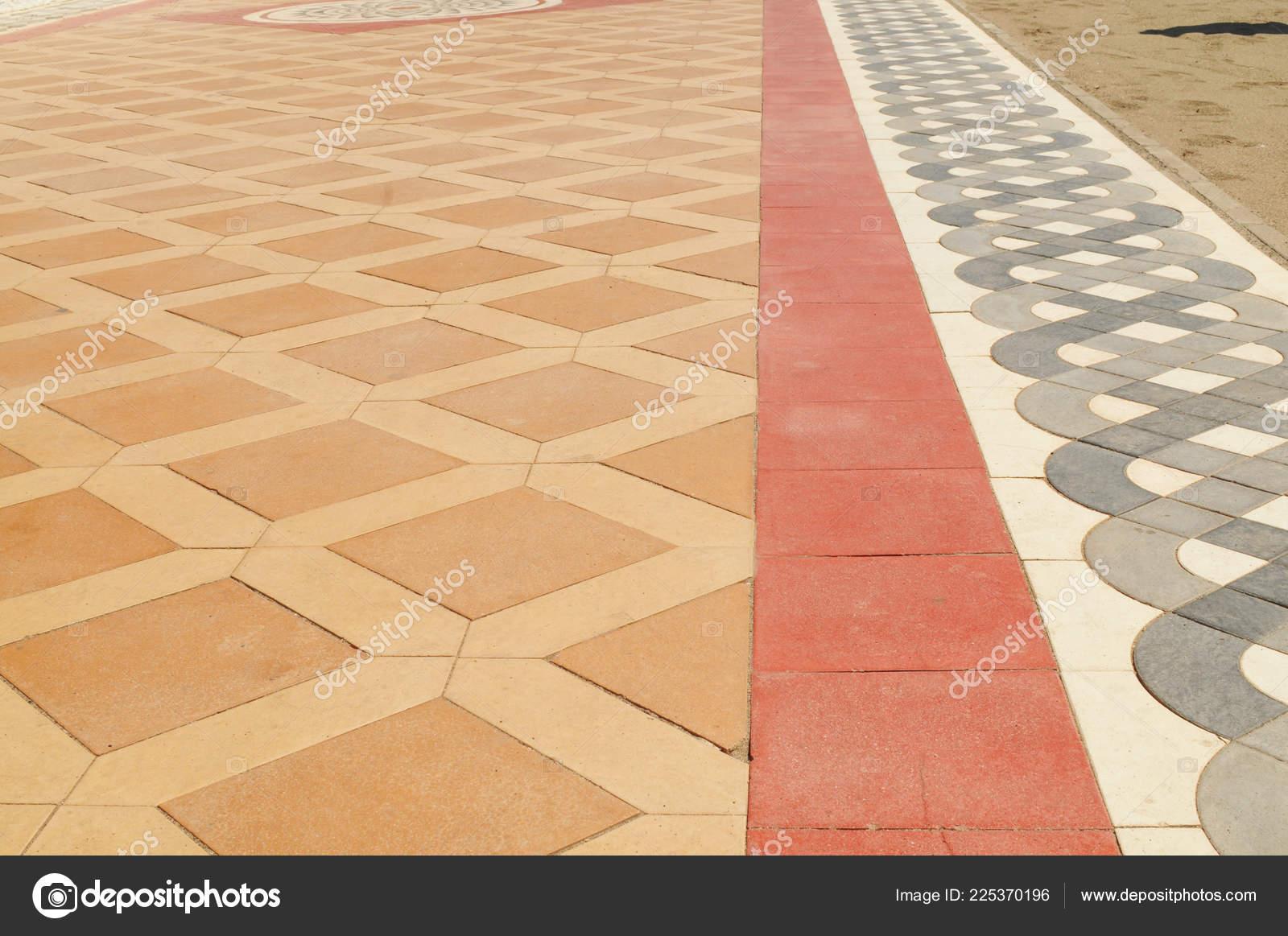Beige Rot Grau Und Weiß Keramik Fliesen Boden Hintergrund Mitu2013 Stockbild