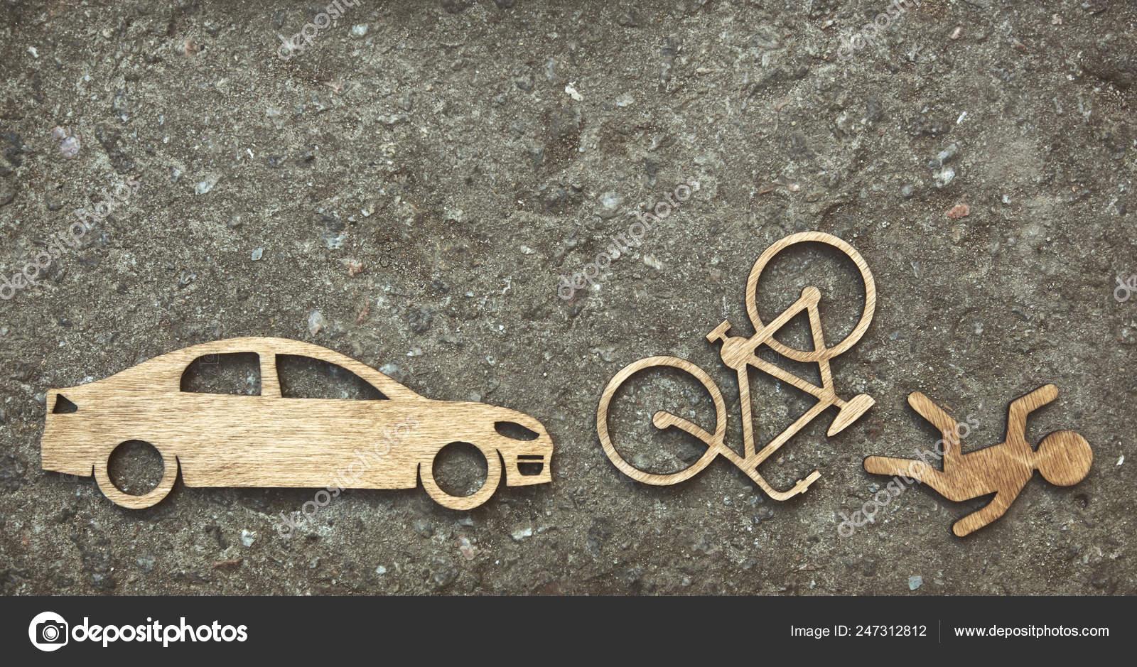 Coche Fondo Bicicleta Madera Piedra Juguete Sobre Poco Hombre UzpqSMV