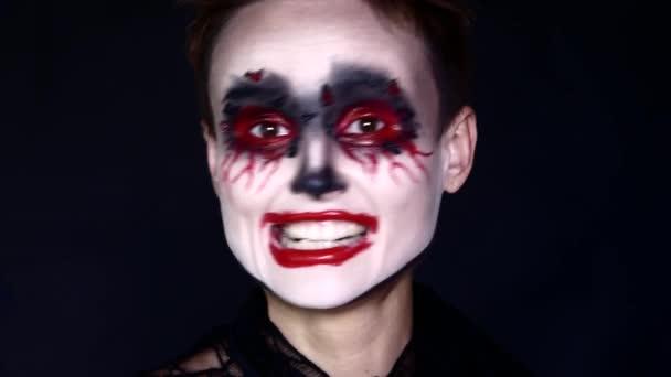 4 k Halloween Horror bohóc nő őrült nevetve