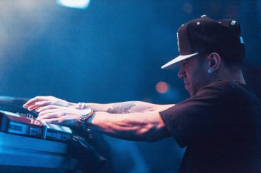 MOSCOW - MARCH, 7: Famous hip-hop producer Abraham Orellana aka Araabmuzik playing live concert in Moscow, Russia on 7 March 2015