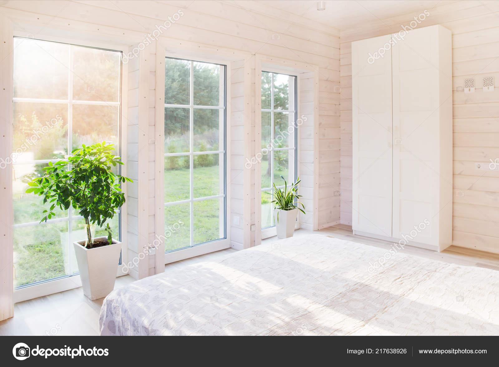 Design D Interieur Chambre Lumineuse Et Confortable Dans Un Style