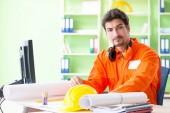 Építési felügyeletet tervező új projekt irodai