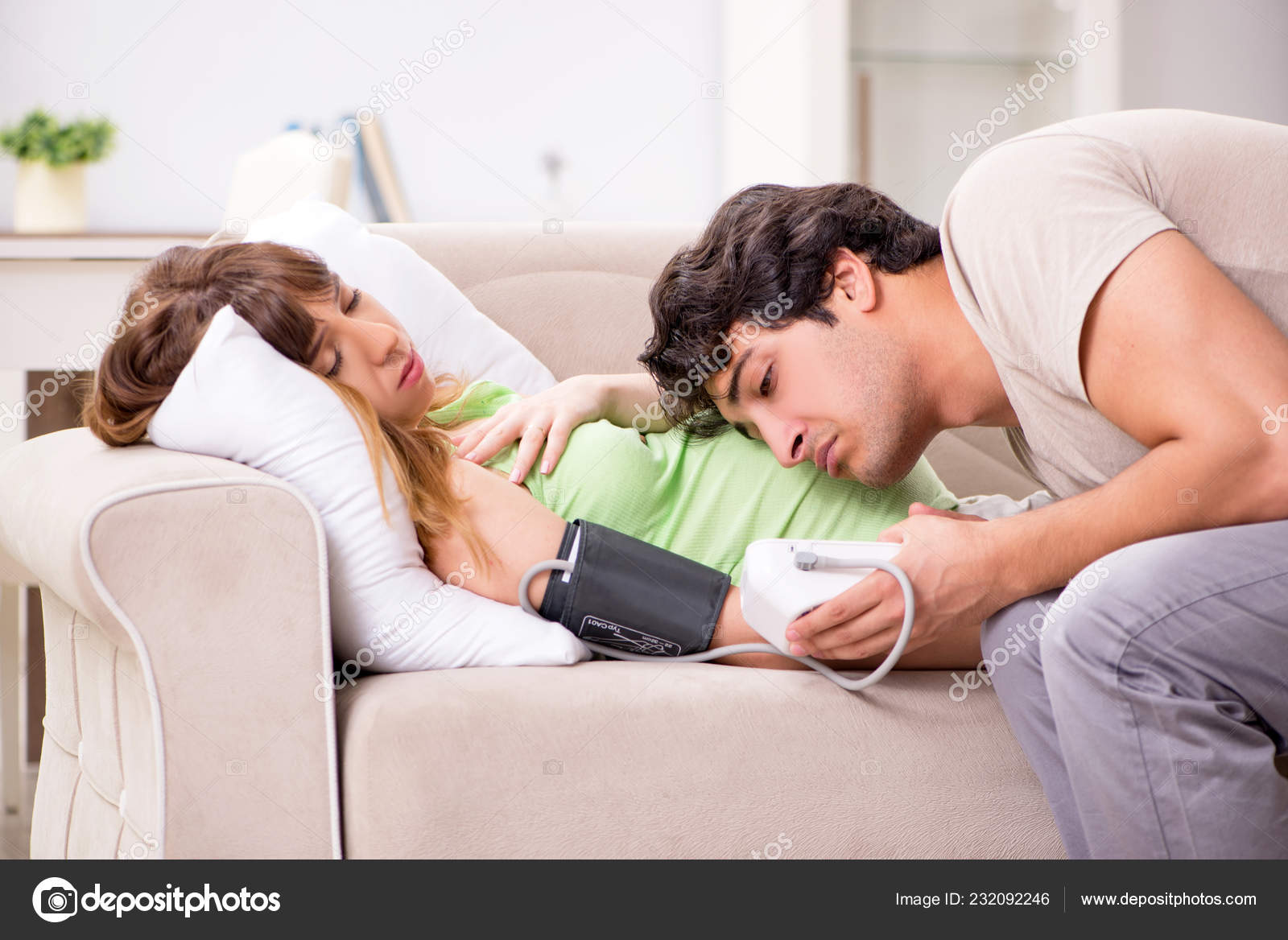 Секс муж жена подглядывание, Бесплатное порно Муж подглядывает за женой 25 фотография