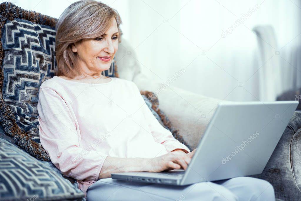 Phoenix Canadian Mature Online Dating Website
