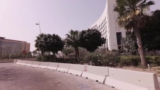 Hotel sullisola di Yas di Abu Dhabi stock footage video