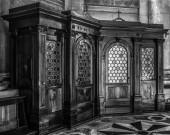 Venedig, Italien - 20. August 2016: Berühmte Baudenkmäler und Kirche innen des alten mittelalterlichen San Giorgio Maggiore Insel hautnah am 20. August 2016 in Venedig, Italien