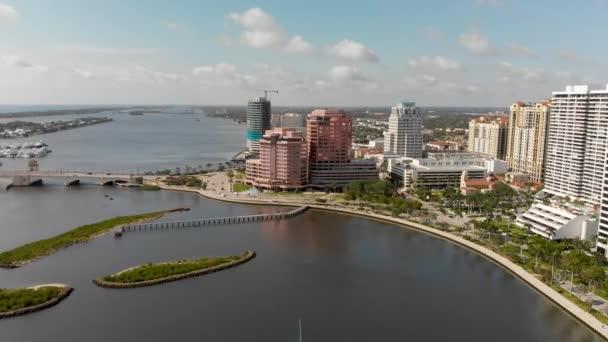 Panoramatický letecký pohled na West Palm Beach Panorama, Florida, Usa