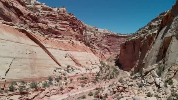 road at amazing Grand Canyon, USA.