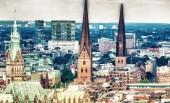 Fotografie schöne Luftaufnahme von Hamburg im Sommer, Deutschland.