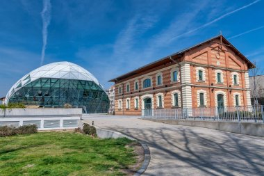 New Budapest Gallery and Nehru Part Park, Hungary