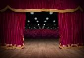Fotografie Červené závěsy se otevírají na divadelní představení