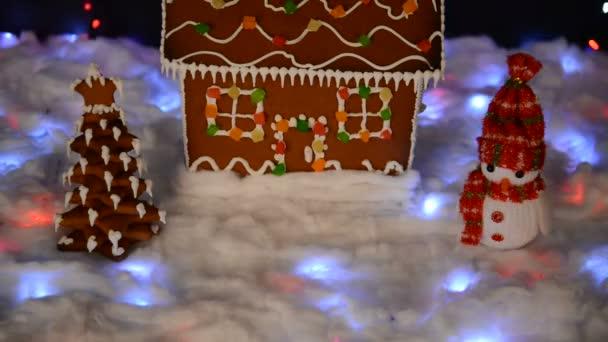 Ručně vyrobený, sněžný perník, sněhový dům, sněhová dekorace, Garland sníh a osvětlení pozadí