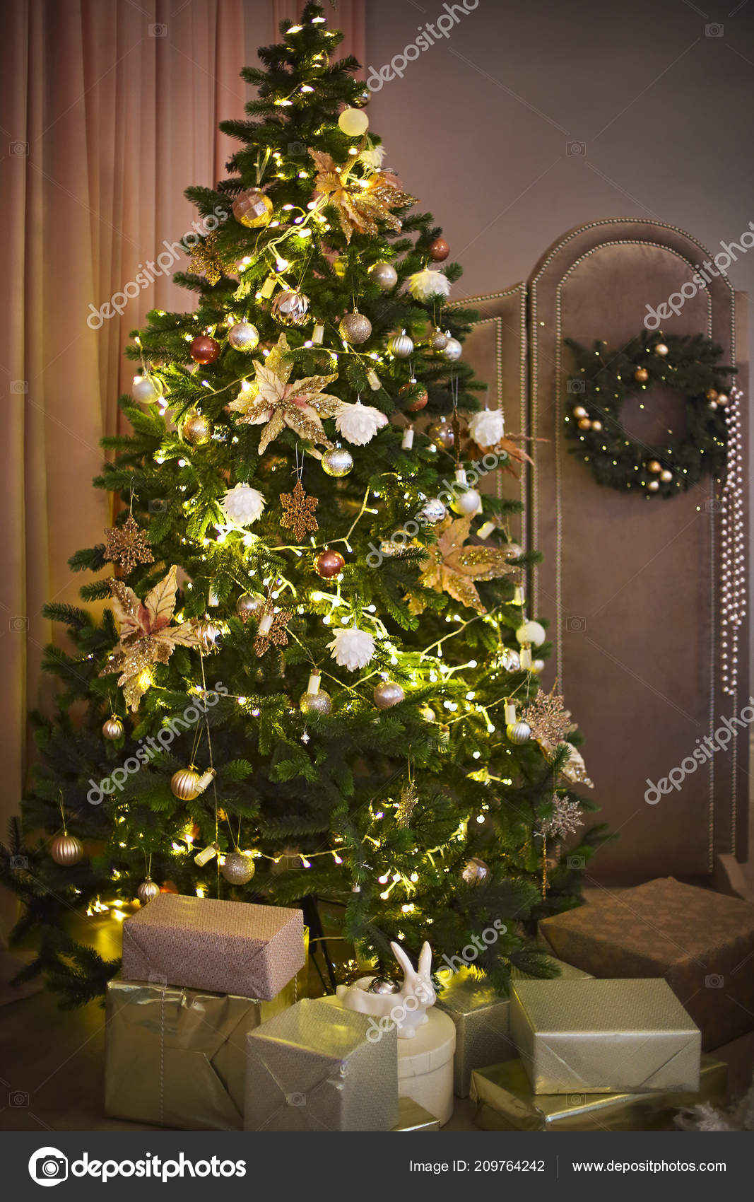 Abstract Christmas Tree Background Golden White Decoration Close