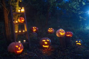 Halloween Jack-o-Lantern pumpkins outdoor