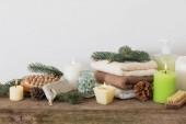 Fotografia Trattamenti termali su fondo di legno