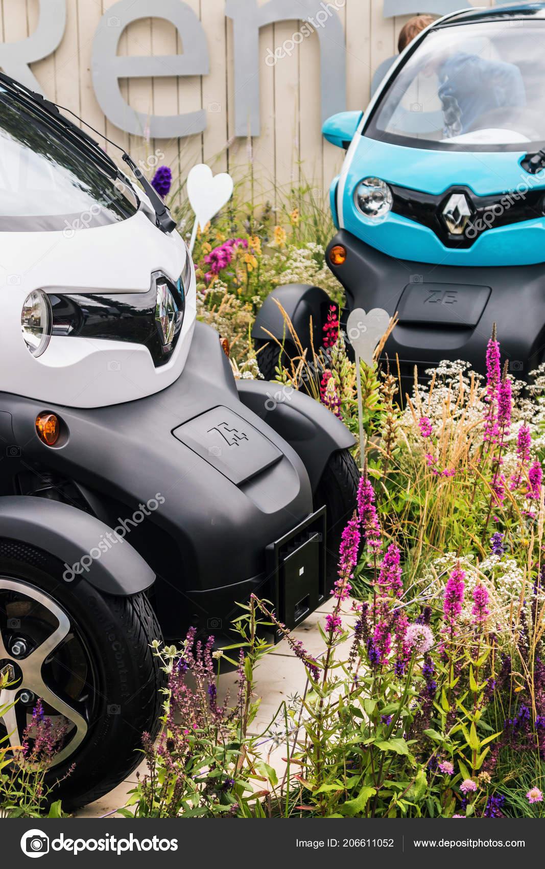 Renault Elektrische Auto Op Het Festival Redactionele Stockfoto