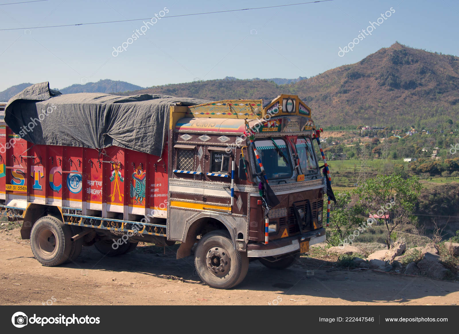 India Himalayas March 2018 Colourful Indian Trucks Highway