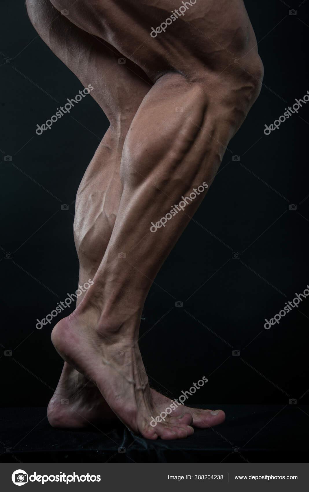 почему девушек фото мужских ног на телефон нужно для
