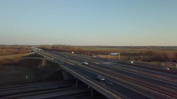 Mimoúrovňová křižovatka dálnice