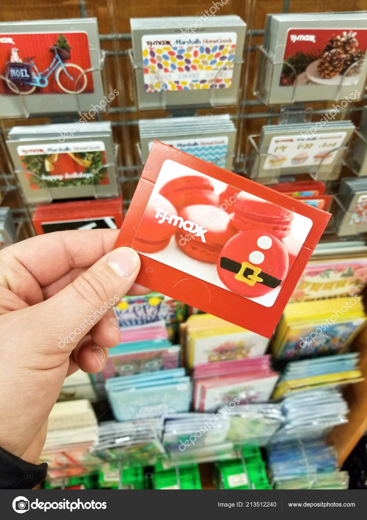 Plattsburgh Usa September 2018 Man Holding Maxx Gift Card Maxx