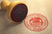 Federal Reserve System fütterte Symbolmarke auf Bastelpapier.