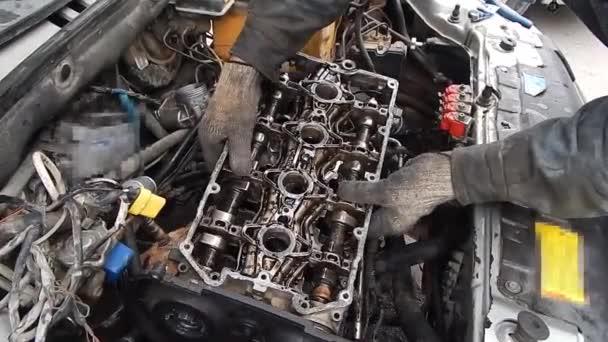 Belső égésű motor vezérműtengelyei. Motorjavítás.