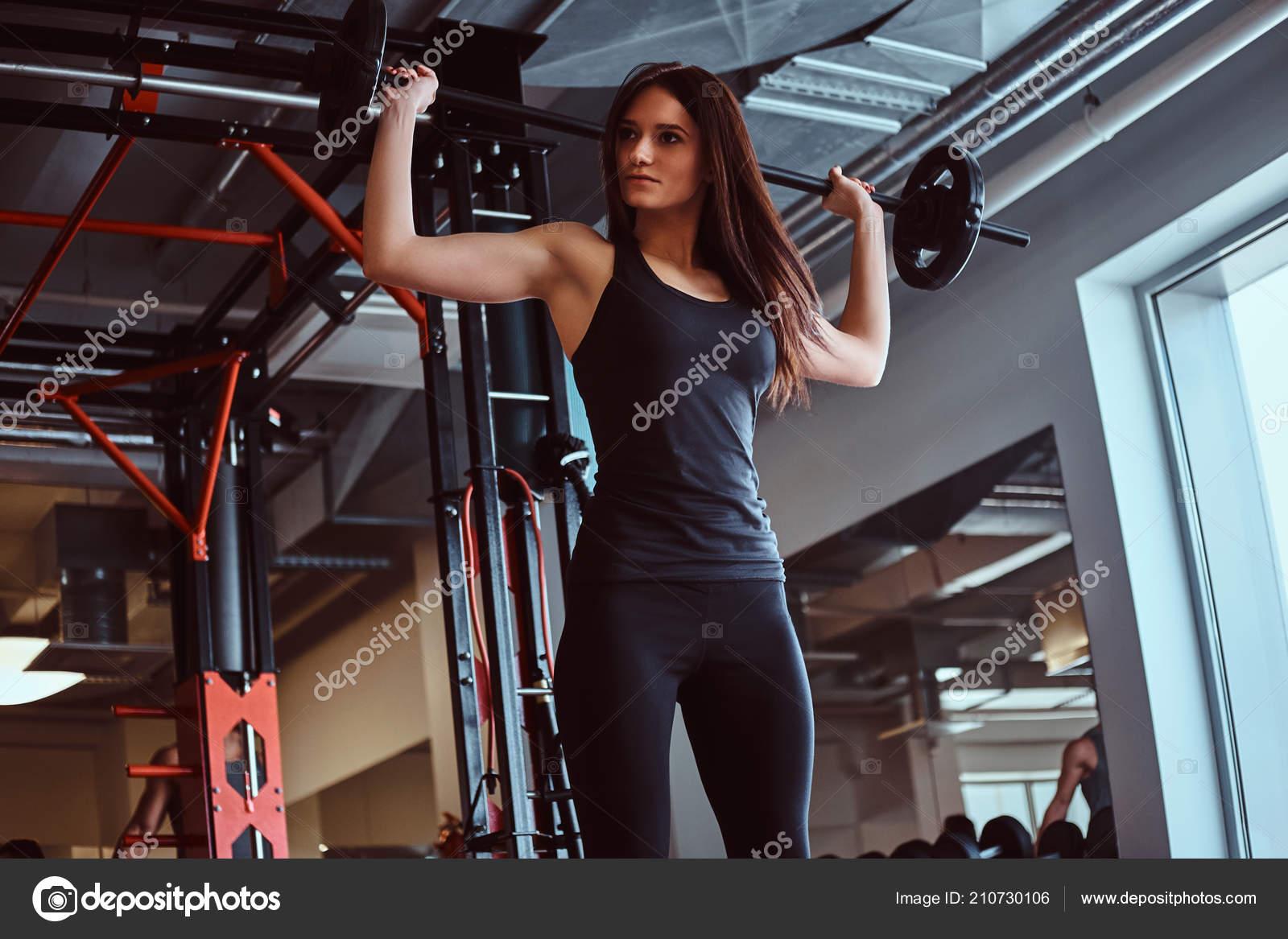 Время тренировки девушкам