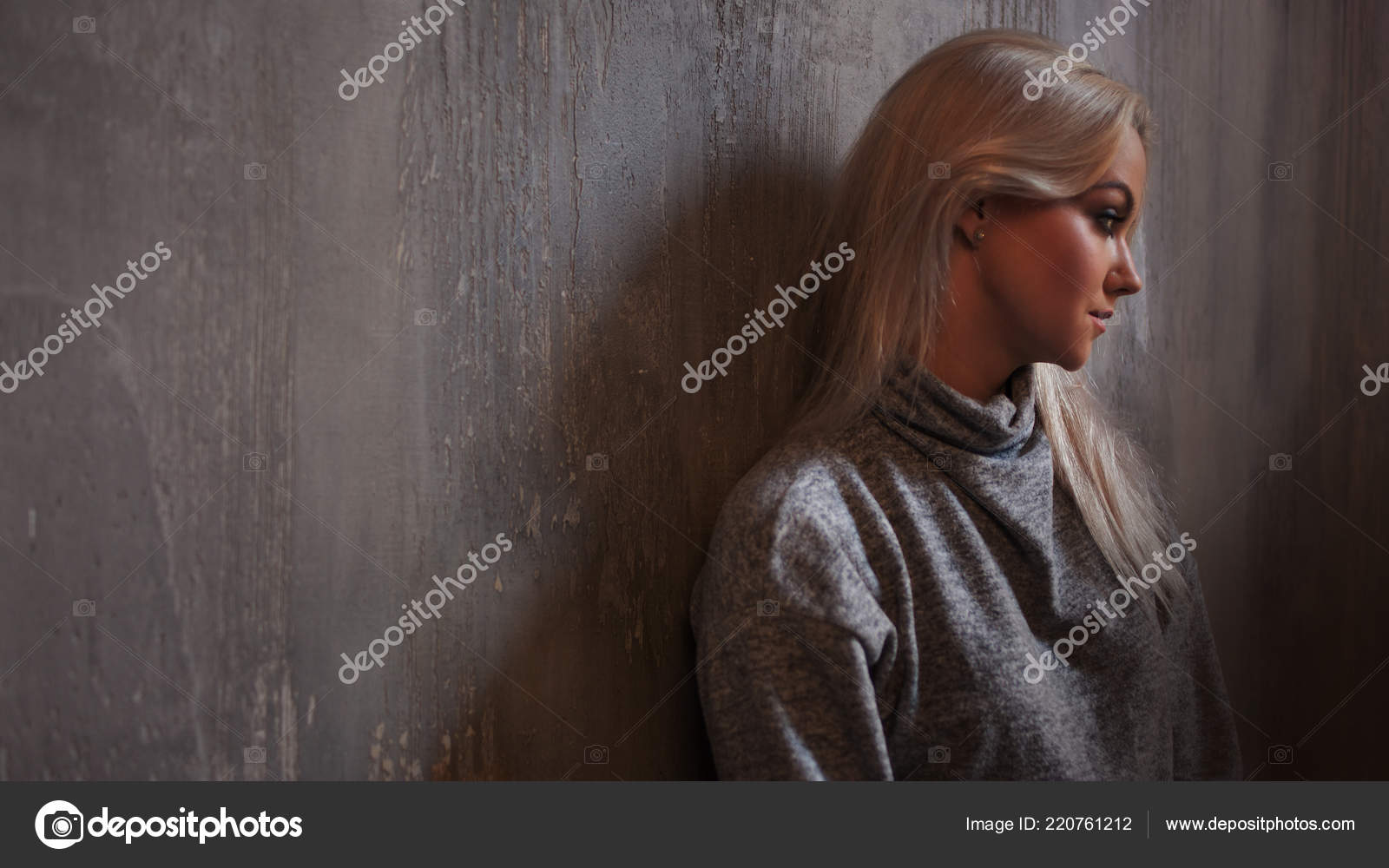 Pictures Sadness And Depression Depressed Woman Blonde Girl Sitting On The Floor Sadness And Depression Stock Photo C Kriscole 220761212
