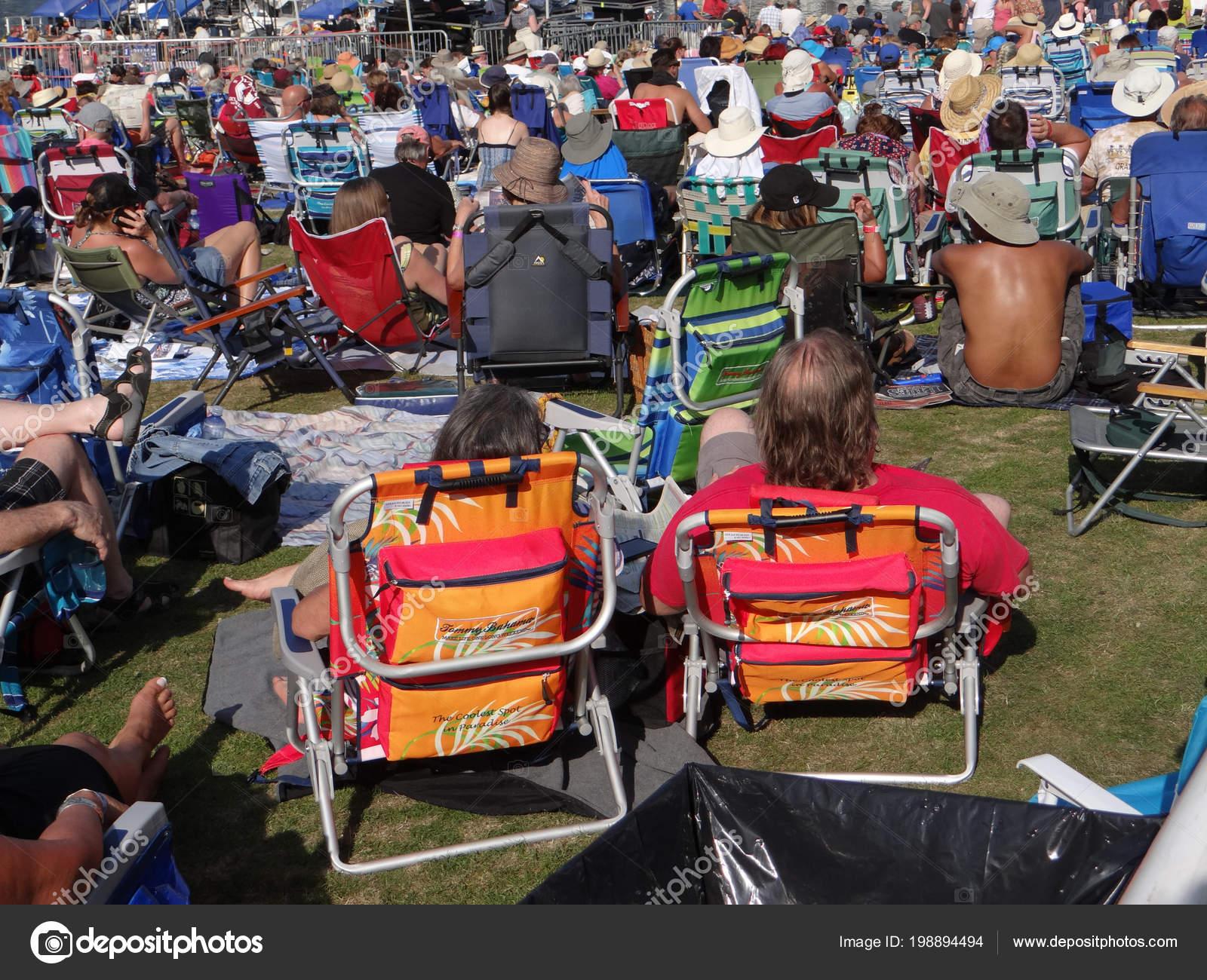 Portland Oregon Jun 2017 Couple Orange Lawn Chairs Enjoying Music U2014 Stock  Photo